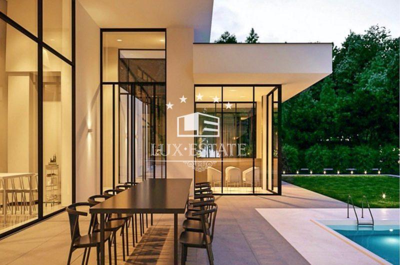 Современный дом в стиле Hi-TechКозин закрытый охраняемый КГ